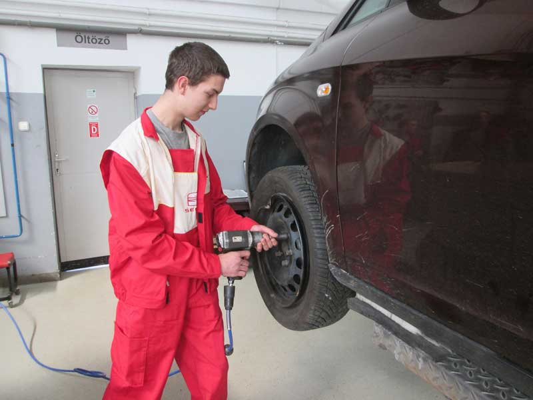 Tippek az autók karbantartásához