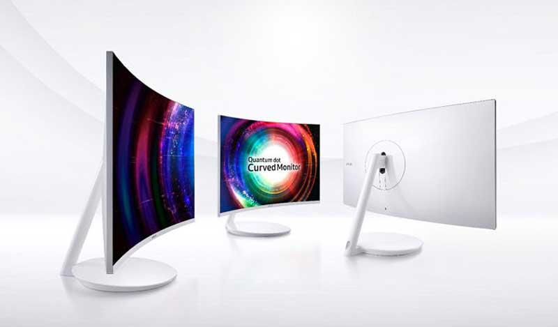 Itt a Samsung Quantum Dot ívelt monitora