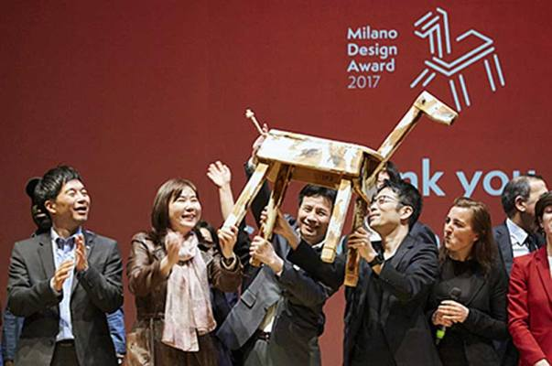 Elismerés az LG-nek és Tokujin Yoshioka-nak a Milano Design Weeken